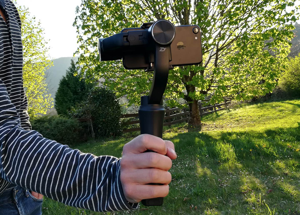Photo du stabilisateur Zhiyun Smooth 3 avec un iPhone 7